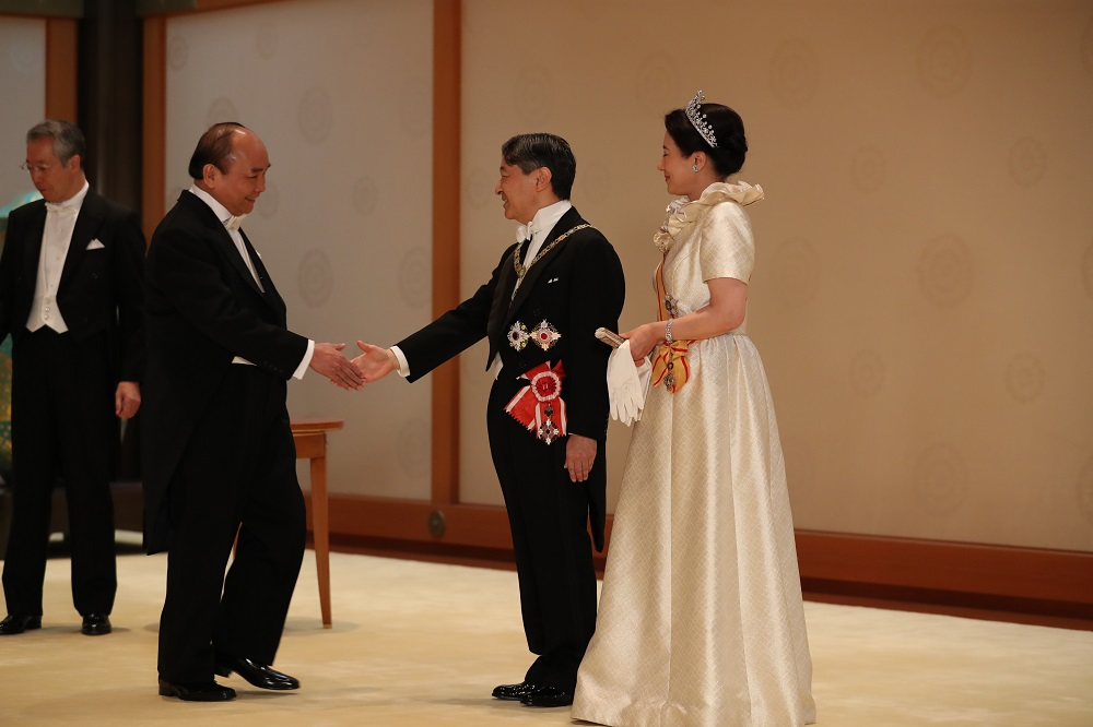 PM attends coronation of Japanese emperor