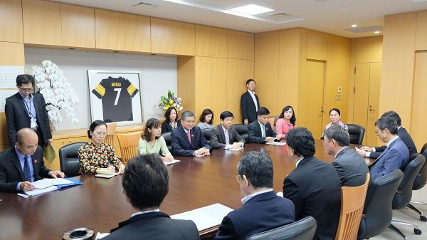 Chủ nhiệm Ủy ban Đối ngoại Quốc hội Nguyễn Văn Giàu thăm và làm việc tại Nhật Bản