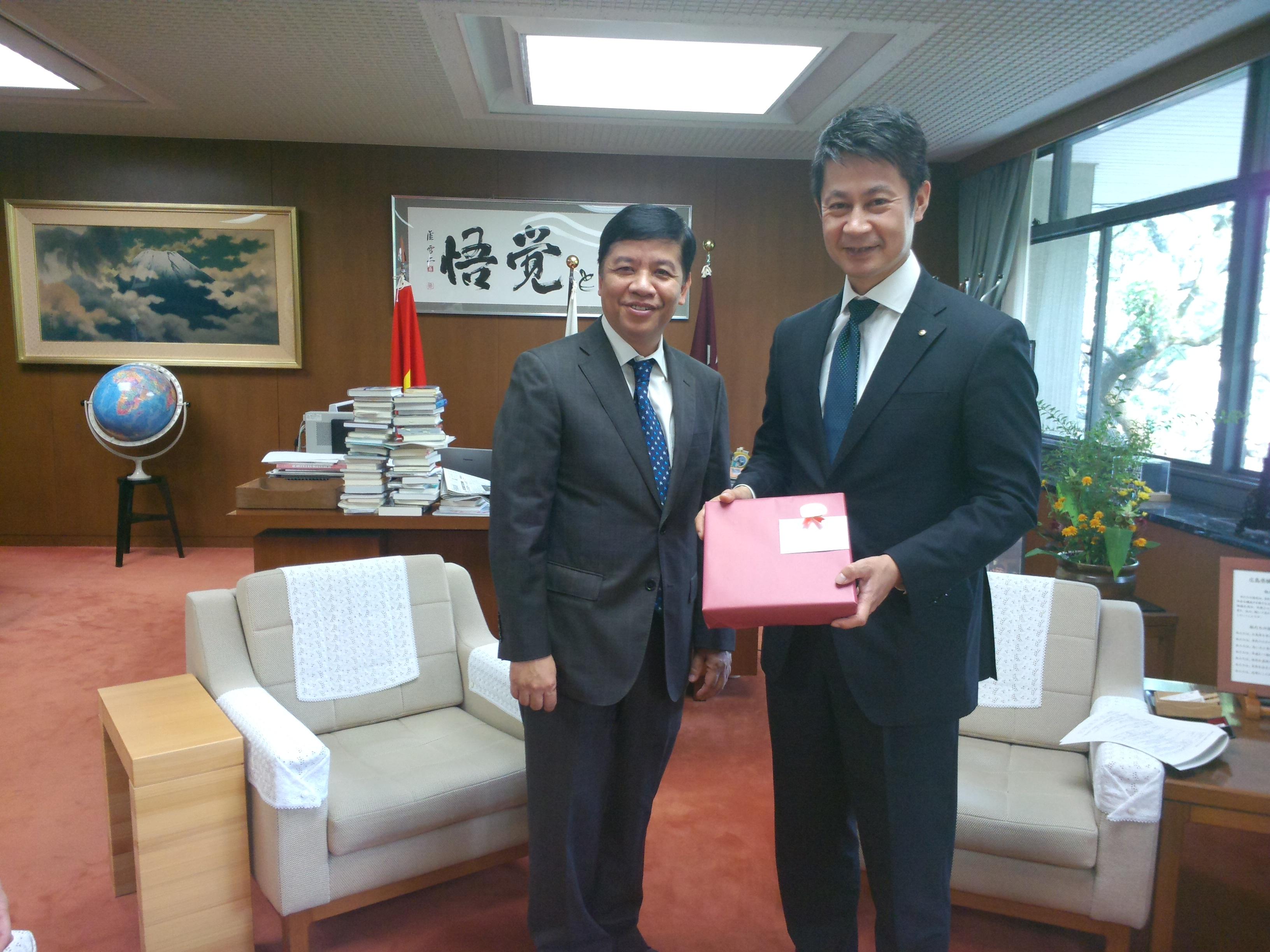 グエン・クオック・クオン大使の広島県、長崎県、福岡県への訪問