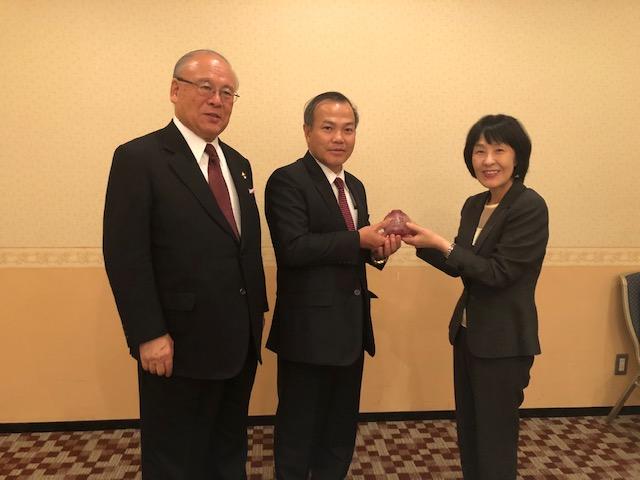 Đại sứ Vũ Hồng Nam thăm chính thức tỉnh Hokkaido