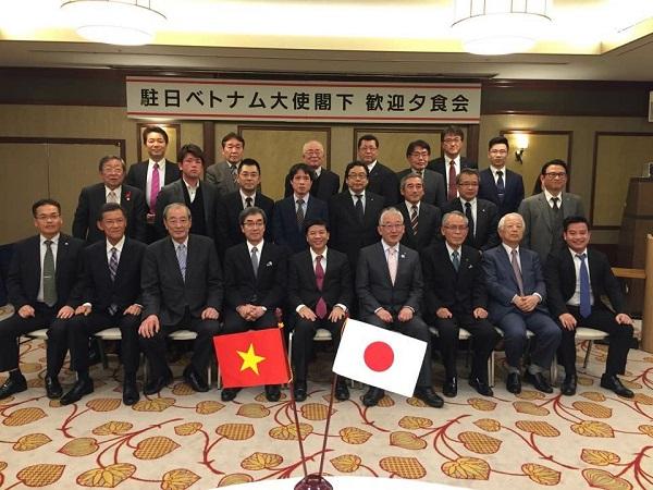 Đại sứ Nguyễn Quốc Cường thăm tỉnh Ishikawa và Fukui