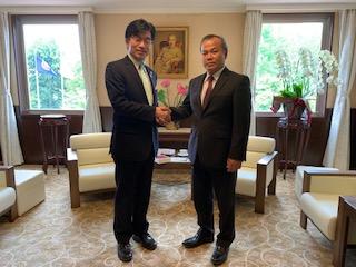 ヴー・ホン・ナム大使が福島市の木幡 浩市長と面談