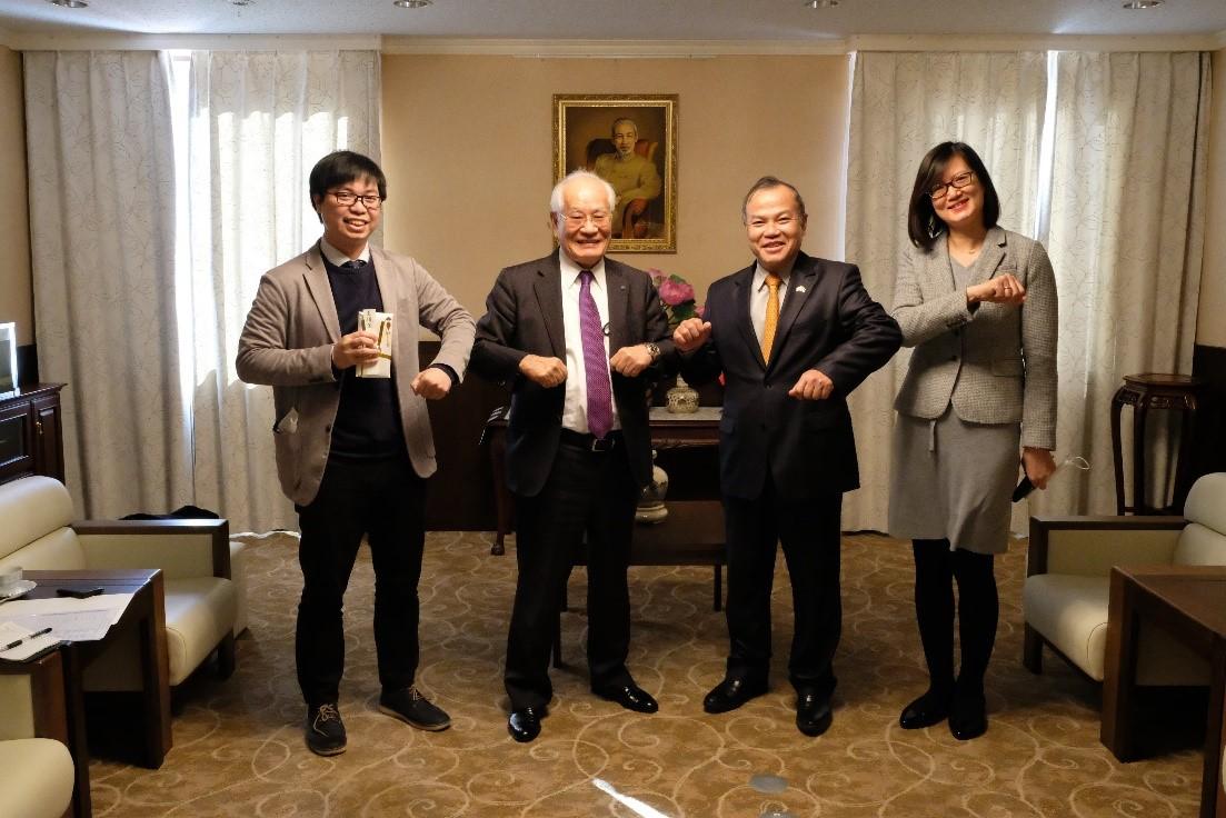 JESCOホールディングス松本会長は新型コロナウィルス感染パンデミックによる被害を受けた在日ベトナム人コンミュニティに寄付
