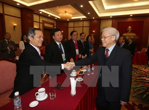 Party General Secretary welcomes Overseas Vietnamese