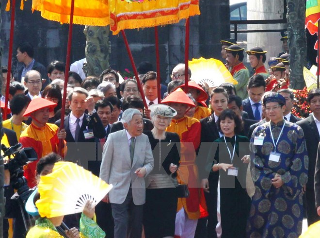 Japanese Emperor, Empress wrap up Vietnam visit