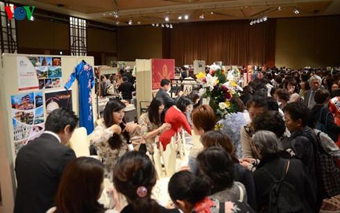 Hội chợ từ thiện phụ nữ châu Á – Thái Bình Dương diễn ra tại Nhật Bản