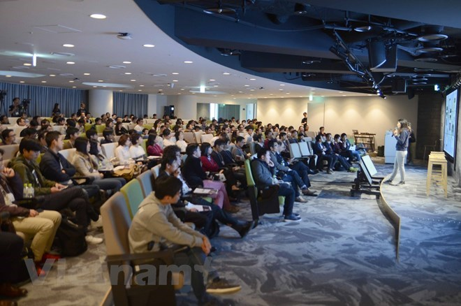 Career talk connects Vietnamese youths in Japan
