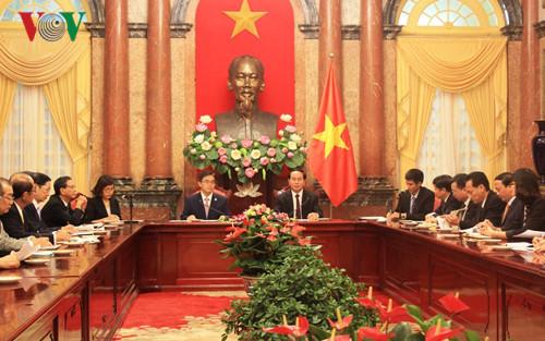 愛知県知事のベトナム訪問